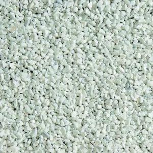 Nahaufnahme von PANNONIA Marmorsplitt 5-8 mm in carrara-weiß